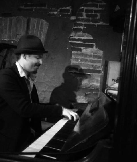 pablo piano033